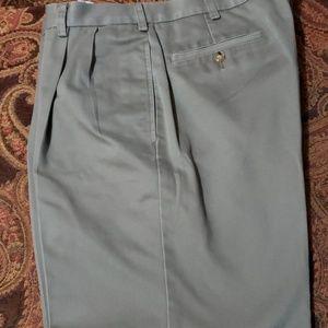 Orvis Light green pleated pants